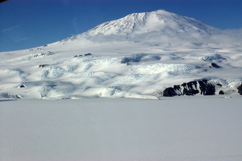 Mt Erebus from helo